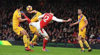 Olivier Giroud Scorpion Kick vs. Crystal Palace